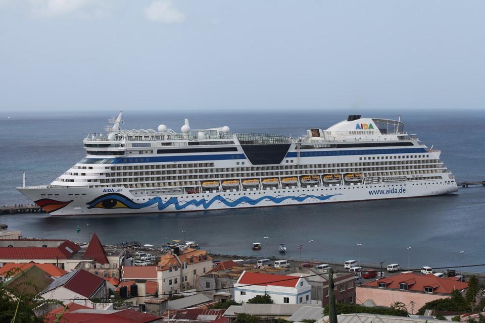 Aida-Schiff im Hafen