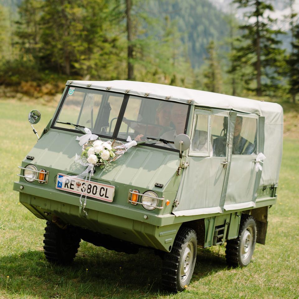 Hochzeit, Hochzeit Auto, Hochzeitslimousine, Haflinger auto