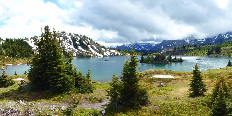 Landschaft, schneebedeckte Berge, Tal, schöner Anblick