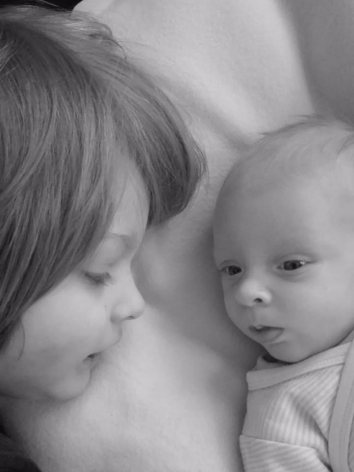 Kinder, familie, Geschwister, Baby, Säugling, monochrom